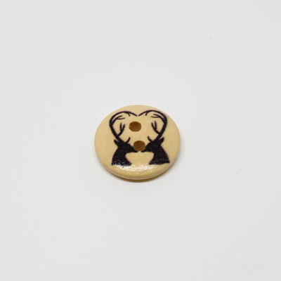 Natural Button Reindeer Design